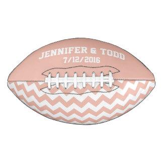 モモの新郎新婦の習慣のフットボール アメリカンフットボール