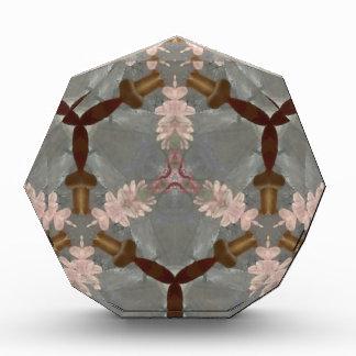 モモの花のブラウンのタケの抽象芸術のアジア人パターン 表彰盾