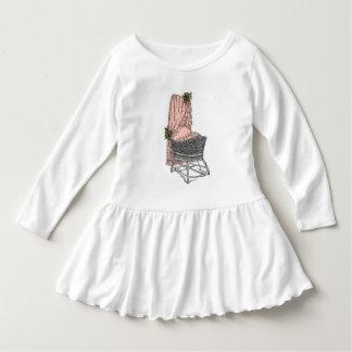 モモの賢明なベビーのBassinet ドレス