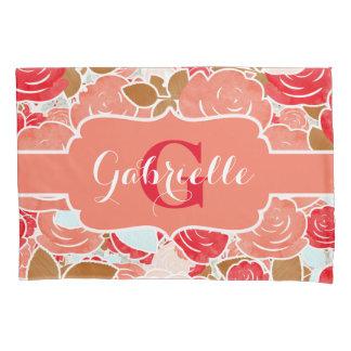 モモ及び金ゴールドの水彩画のバラの花柄のモノグラム 枕カバー