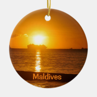 モルディブの熱帯ビーチ セラミックオーナメント