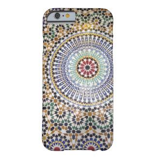 モロッコのタイルを張られた電話箱 BARELY THERE iPhone 6 ケース