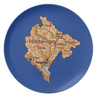 モンテネグロの地図のプレート プレート