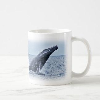 モンテレーカリフォルニアのザトウクジラのマグ コーヒーマグカップ