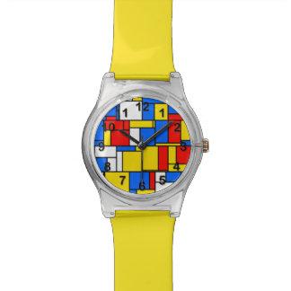 モンドリアンによってインスパイアスタイル赤く青く黄色いパターン 腕時計