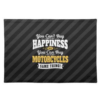 モーターサイクリストの傾斜の買物の幸福はオートバイを買うことができます ランチョンマット