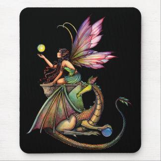 モーリーハリスンによるドラゴンの球体の妖精そしてドラゴン マウスパッド