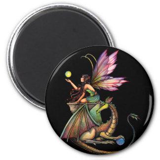 モーリーハリスンによるドラゴンの球体の妖精そしてドラゴン マグネット
