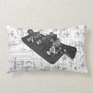 モールス符号のラジオの鍵の図式的な腰神経の枕 ランバークッション