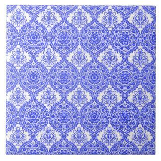 ヤグルマギクの青および白く旧式な装飾 タイル