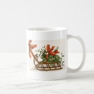 ヤドリギのそりのそりの赤い弓 コーヒーマグカップ