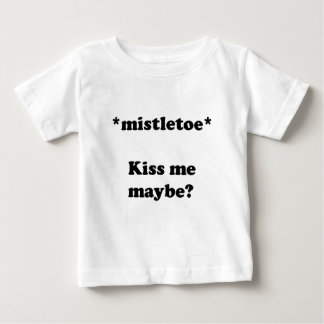 ヤドリギのキスの下 ベビーTシャツ