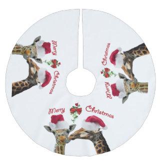 ヤドリギの下のキスをするなクリスマスのキリン ブラッシュドポリエステルツリースカート