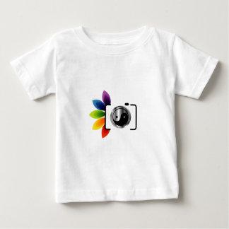 ヤンの記号をyingのデジタルカメラ ベビーTシャツ