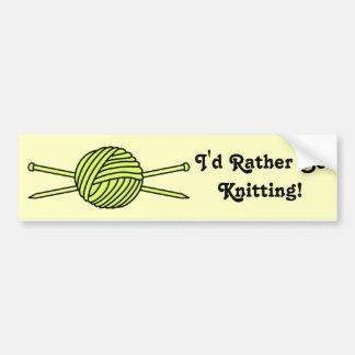 ヤーン及び編み物針の黄色い球 バンパーステッカー
