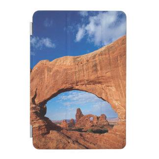 ユタのアーチの国立公園、タレットのアーチ2 iPad MINIカバー