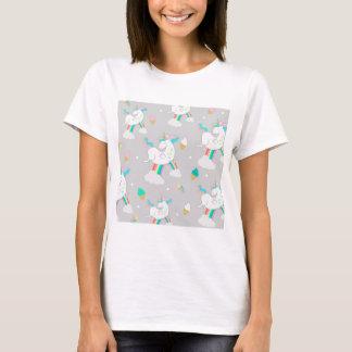 ユニコーンおよび夢のキャッチャーのデザインのワイシャツ Tシャツ