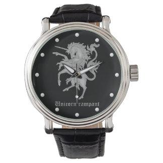 ユニコーンの手がつけられない中世紋章学 腕時計