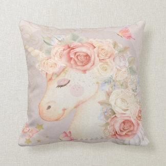 ユニコーンのBohoの蝶花の女の子の子供部屋の枕 クッション