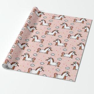 ユニコーン及び紙吹雪の赤面のピンクパターン ラッピングペーパー