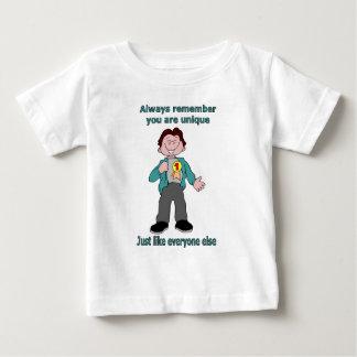ユニークであることを常に覚えて下さい ベビーTシャツ