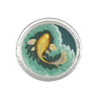 ユニークなコイのコイの魚 リング
