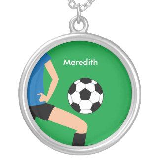 ユニークな女の子のサッカーの選手のネックレス シルバープレートネックレス