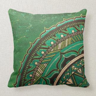 ユニークな金属緑、金ゴールド、黒い曼荼羅の枕 クッション