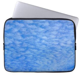 ユニークな雲のラップトップスリーブ ラップトップスリーブ