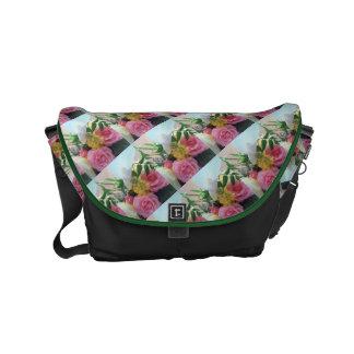 ユリの花束の財布 クーリエバッグ