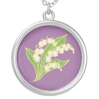 ユリの谷のネックレスは誕生月の花よろしいです シルバープレートネックレス