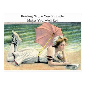 ユーモア日光浴をする間、読むこと ポストカード