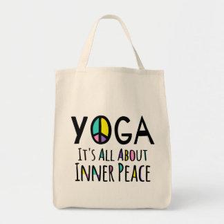 ヨガそれは内部の平和について完全にあります トートバッグ