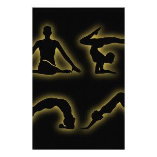 ヨガの姿勢の白熱[赤熱]光を放つな姿 便箋