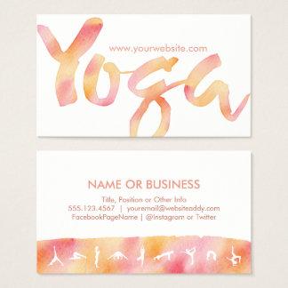 ヨガはピンクのレモネードの水彩画の名刺を提起します 名刺