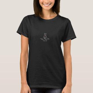 ヨガ猫-規則的なスタイルのテキスト Tシャツ
