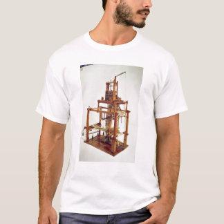 ヨセフMarieのジャカードによって設計されている織機 Tシャツ