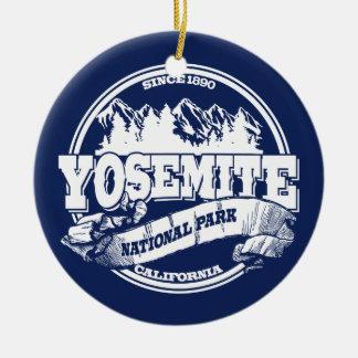 ヨセミテの古い円の青 セラミックオーナメント