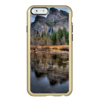 ヨセミテの景色の滝 INCIPIO FEATHER SHINE iPhone 6ケース