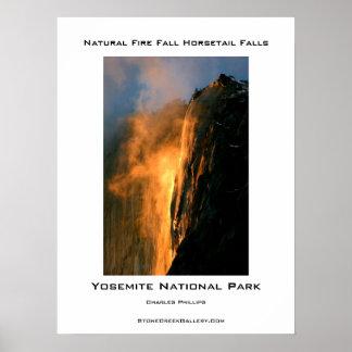 ヨセミテの自然な火の秋 ポスター