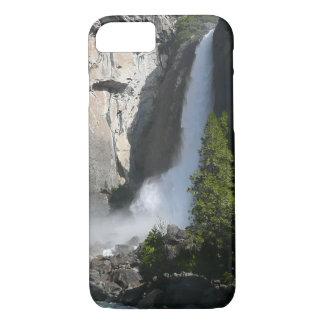 ヨセミテ国立公園からのヨセミテのより低い滝 iPhone 8/7ケース