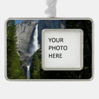 ヨセミテ国立公園からのYosemite Falls II シルバープレートフレームオーナメント
