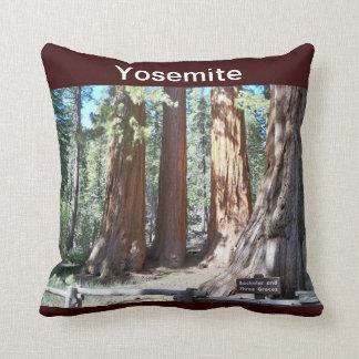 ヨセミテ国立公園のアメリカ人のMoJoの枕 クッション