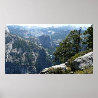ヨセミテ国立公園のヨセミテの山景色 ポスター
