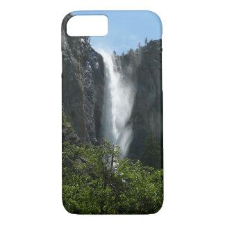 ヨセミテ国立公園のBridalveilの滝 iPhone 8/7ケース