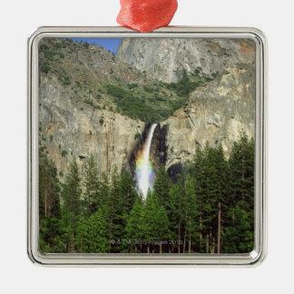 ヨセミテ国立公園、カリフォルニアの滝、 メタルオーナメント