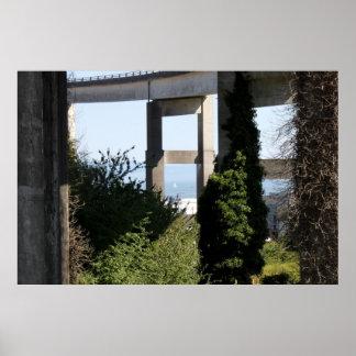 ヨットが付いているAstoria-Megler橋 ポスター