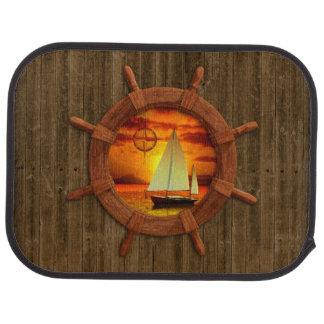 ヨットの日没 カーマット