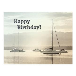 ヨットの沿岸誕生日の郵便はがき ポストカード