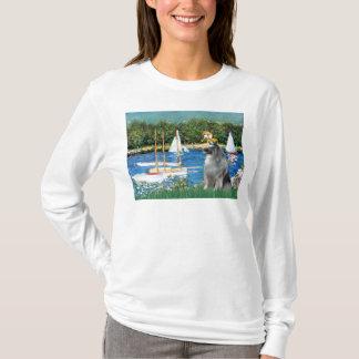 ヨット- Keeshond Tシャツ